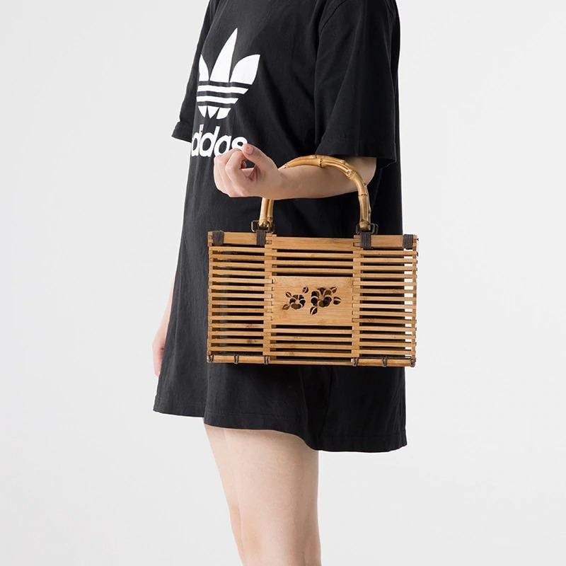 What handicaft woven purse premium