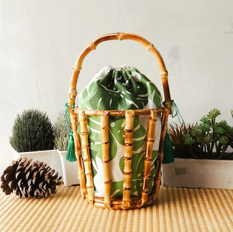 Natural straw belt bag