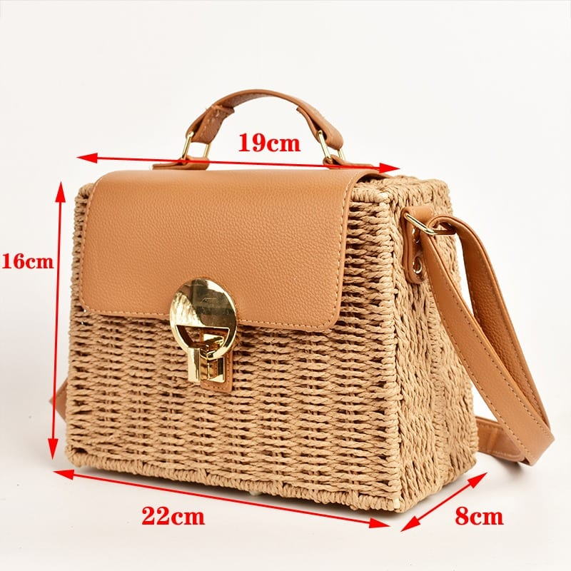 Which ladies round straw bags