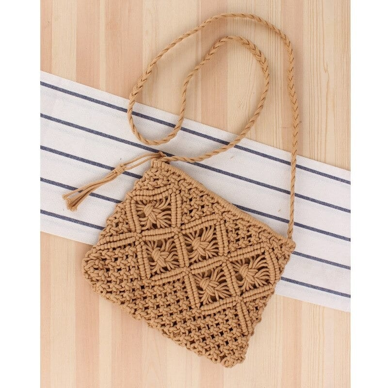 Straw totes for summers clutch value