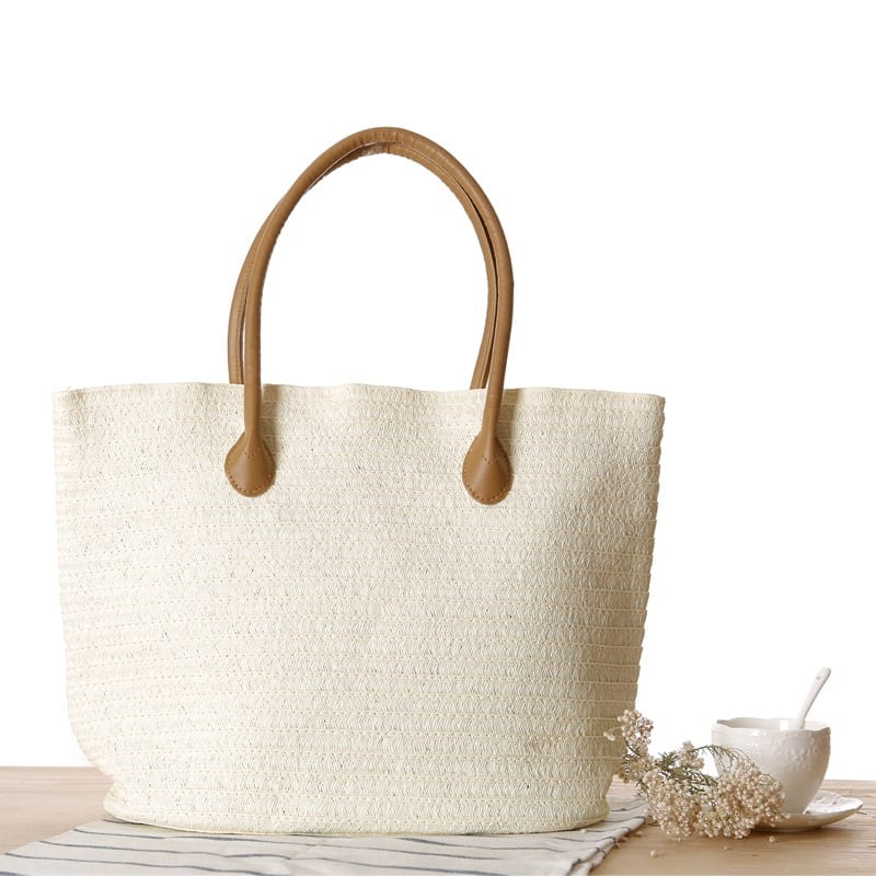 Circle straw clutch bag recomment