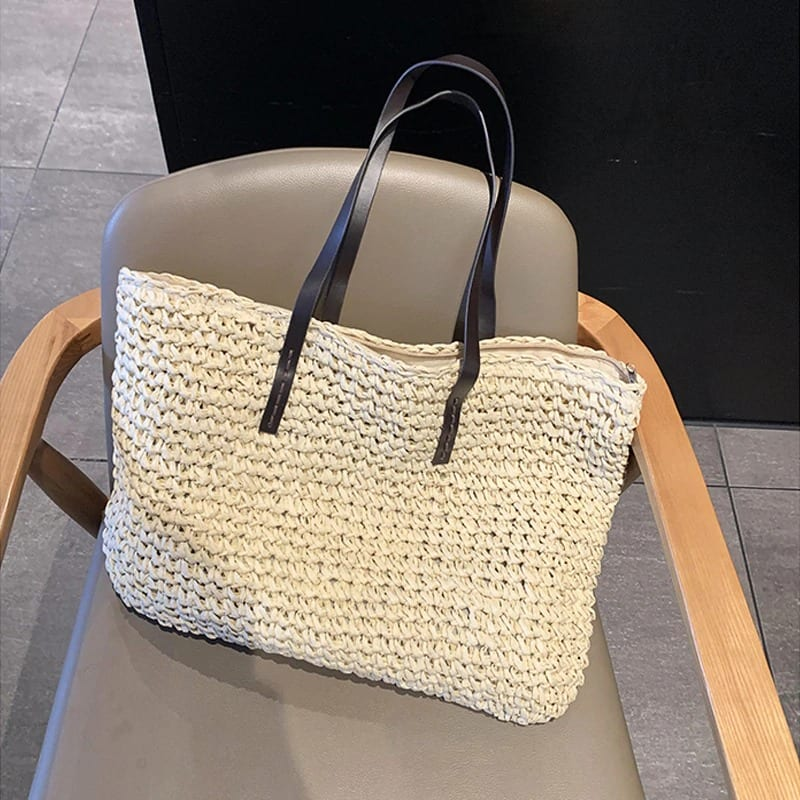 What straw tote trend