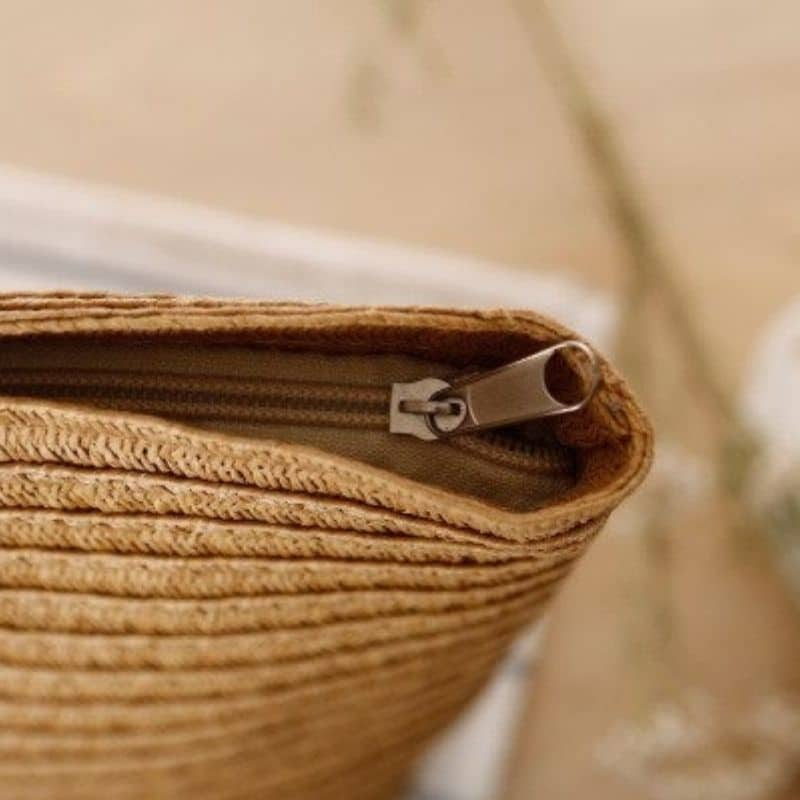 Travel straw pocketbook top