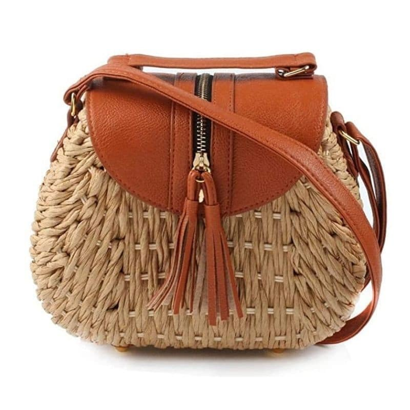 Large straw beach bags collection