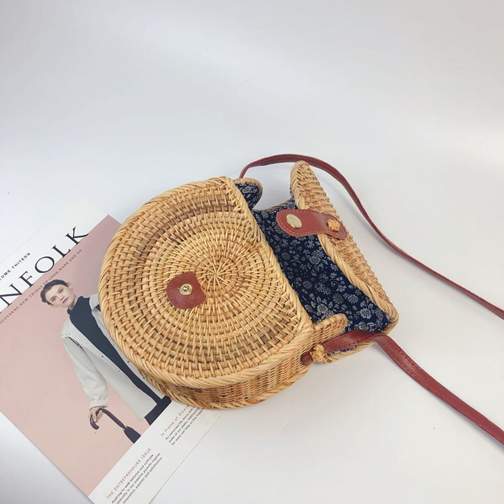 Basket summer straw purse