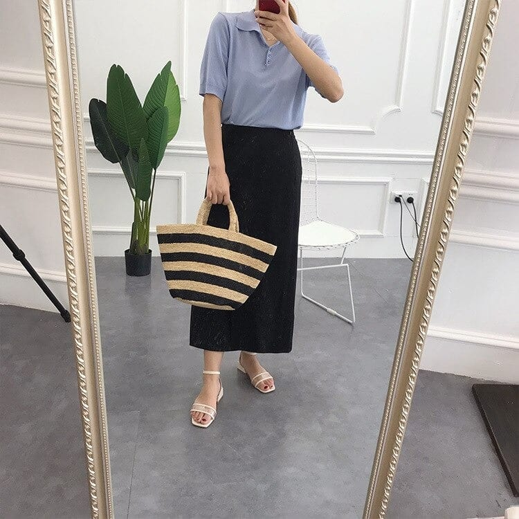 How much straw handbag for summers and totes