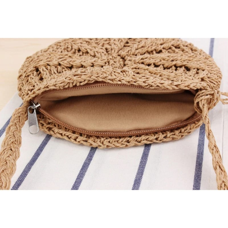 How ladies straw bag with leather handless