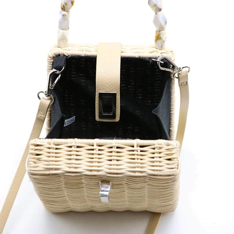 Which bahamian straw handbag for summer
