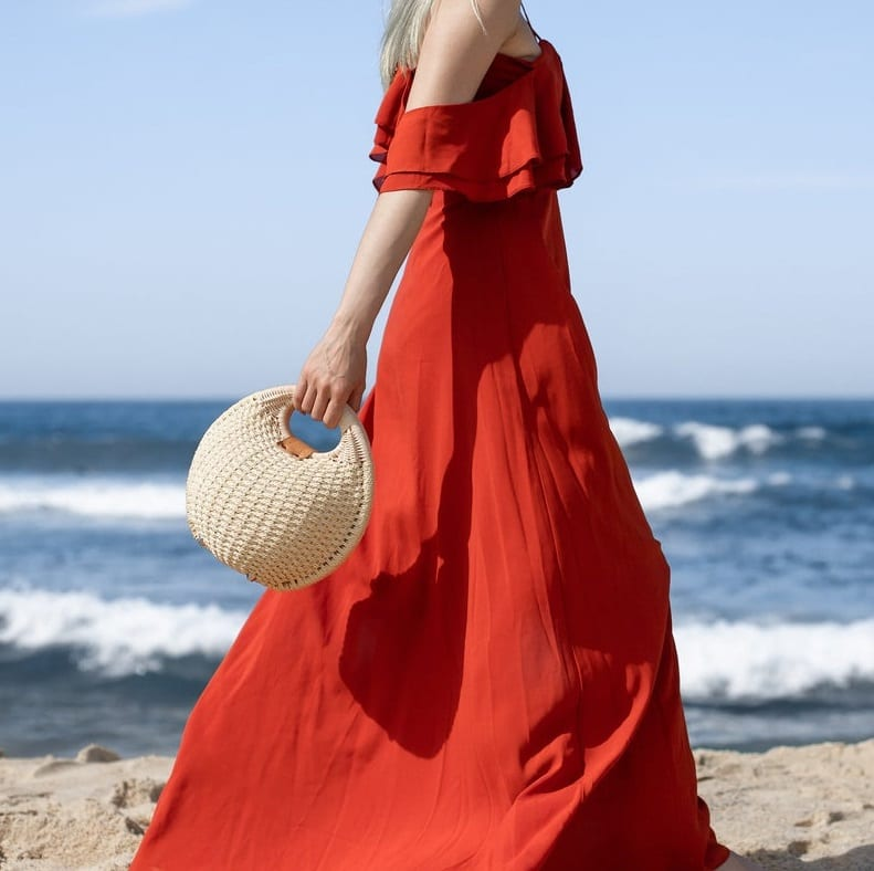 How much navy oversized straw beach bag better