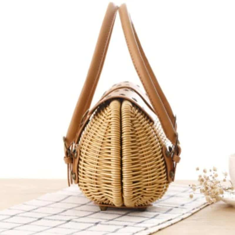 Solid woven leather handbag 2021