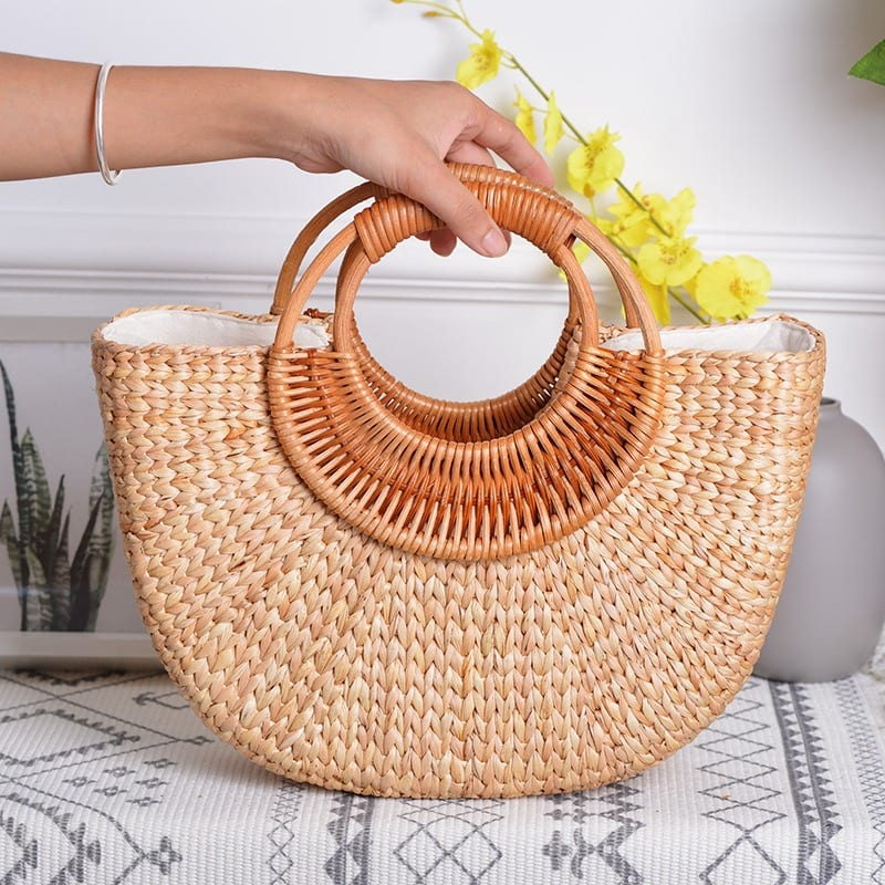 How beach and wicker purses better