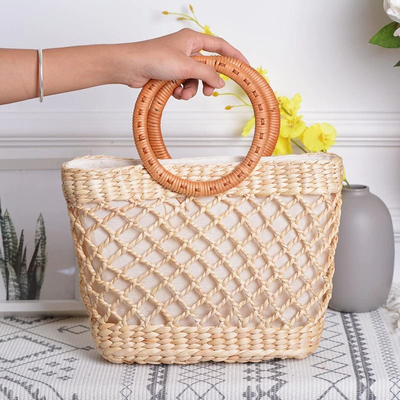 How long straw clutch bags ladies