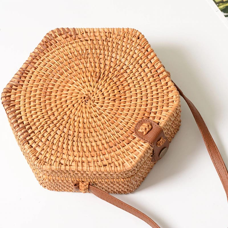 How long small woven straw pocketbooks