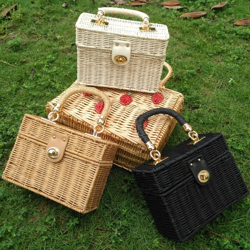 How many handicraft woven crossbody bags recomment