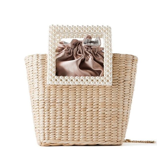 How many woven summer straw bag