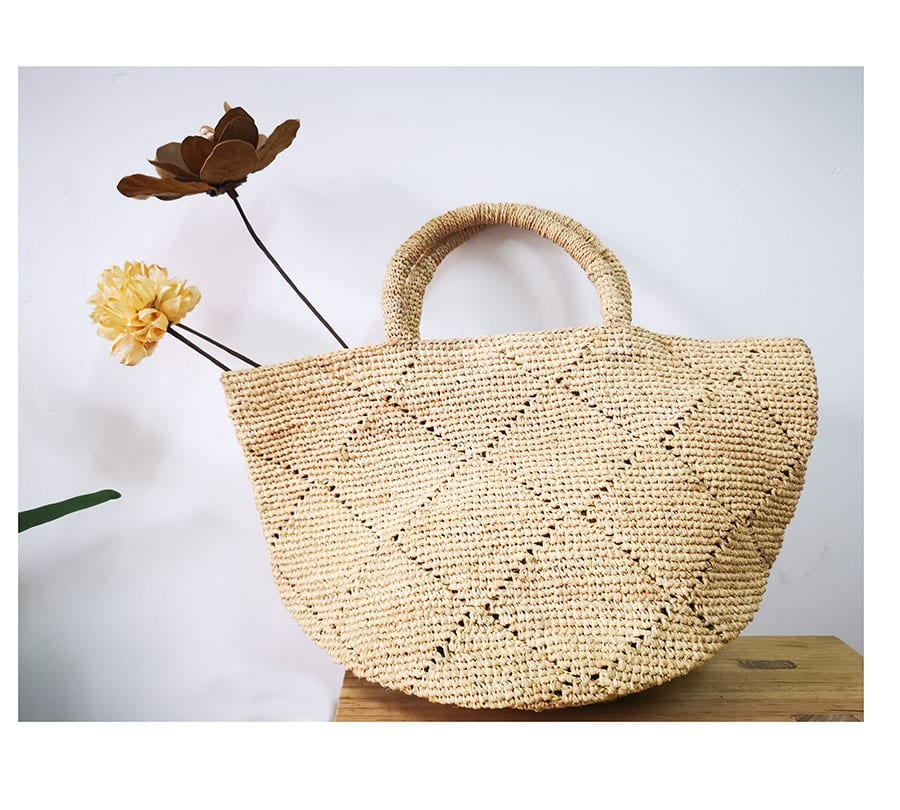 Straw hobo bags large
