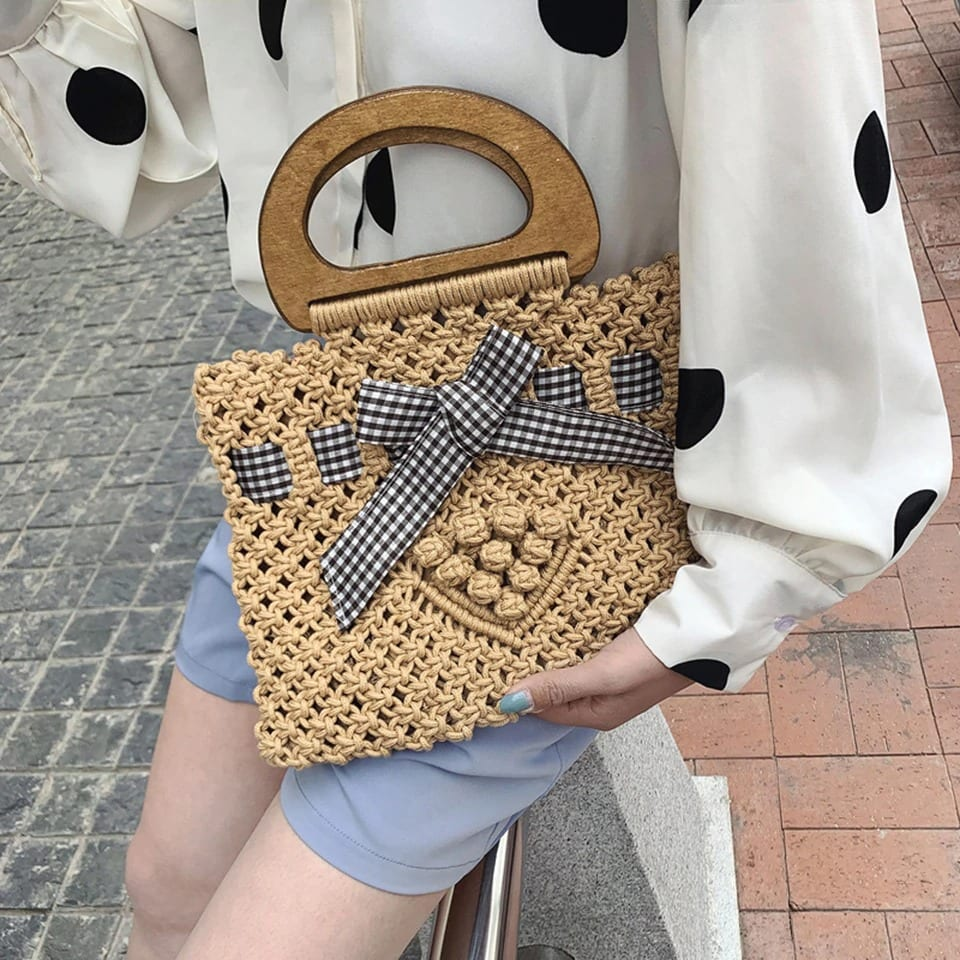 Hard round straw bag recomment