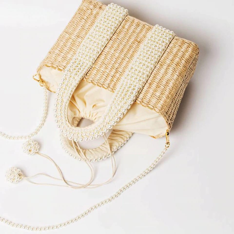 How long beach and straw bags for summers