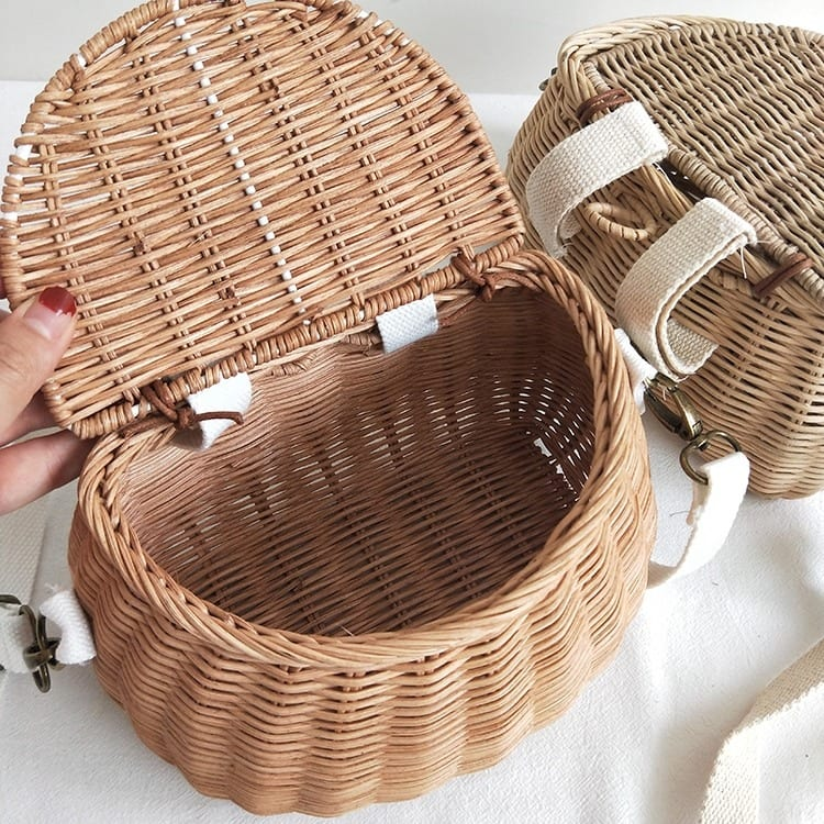 How long rattan clutchs made in bali