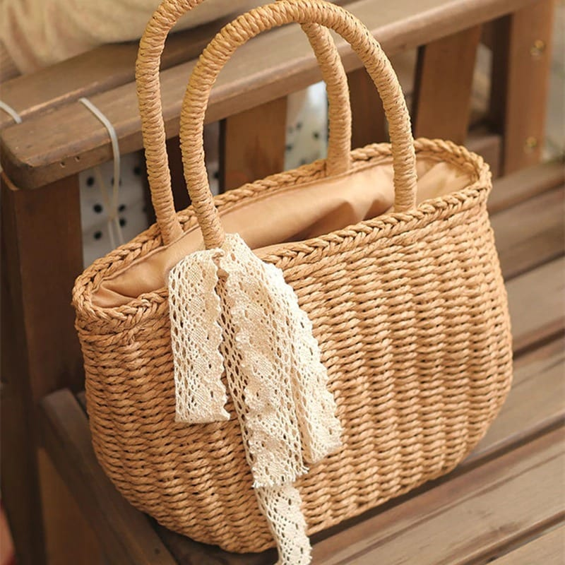 When rattan and straw tote handbag