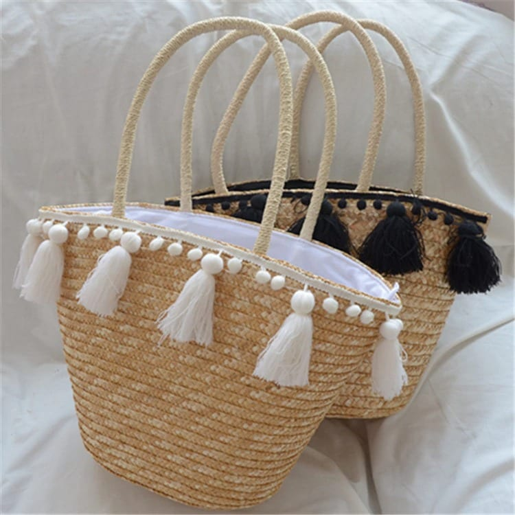 Solid straw tote bag