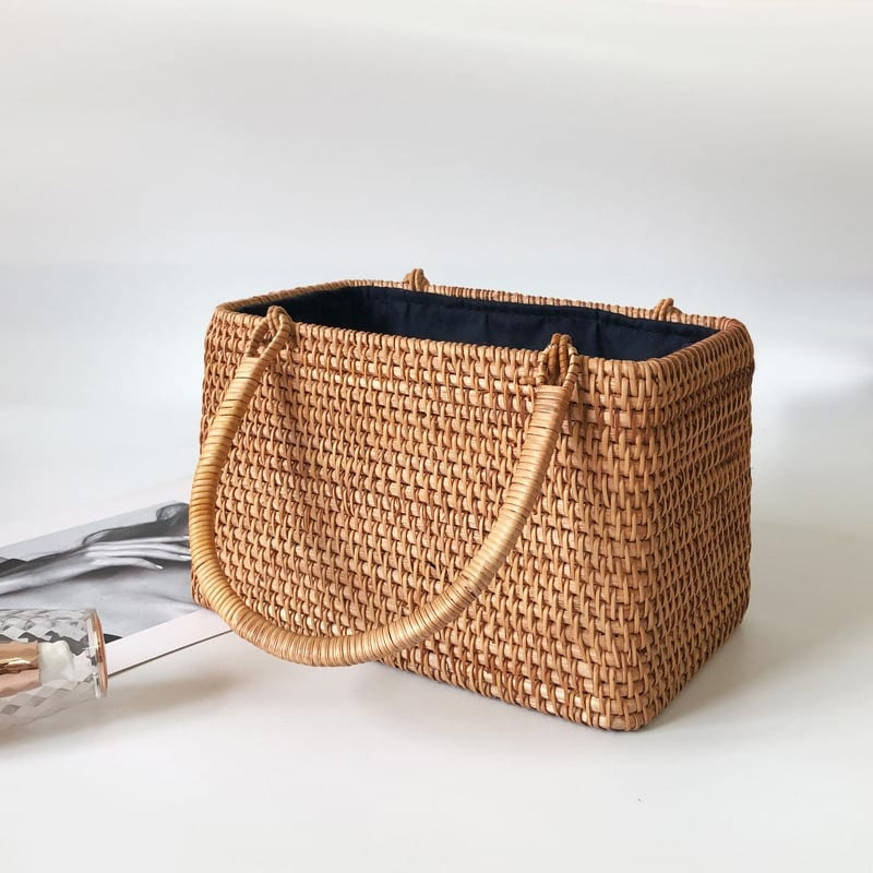 Straw hobo bagss and totes