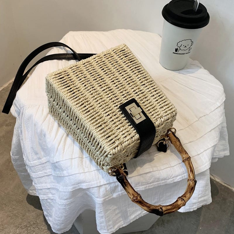 Soft wicker beach bag
