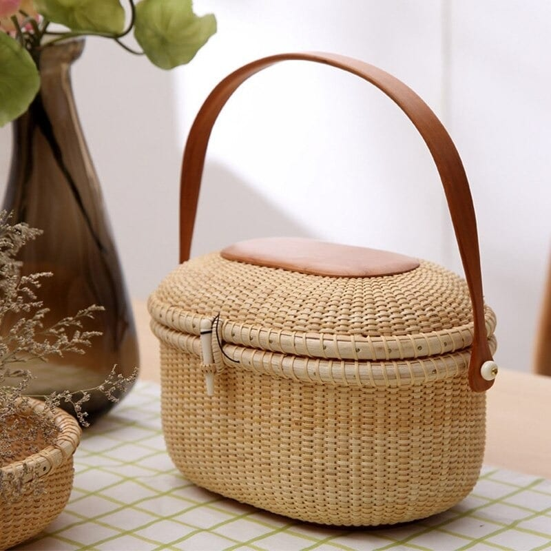 How straw market bag rattan better
