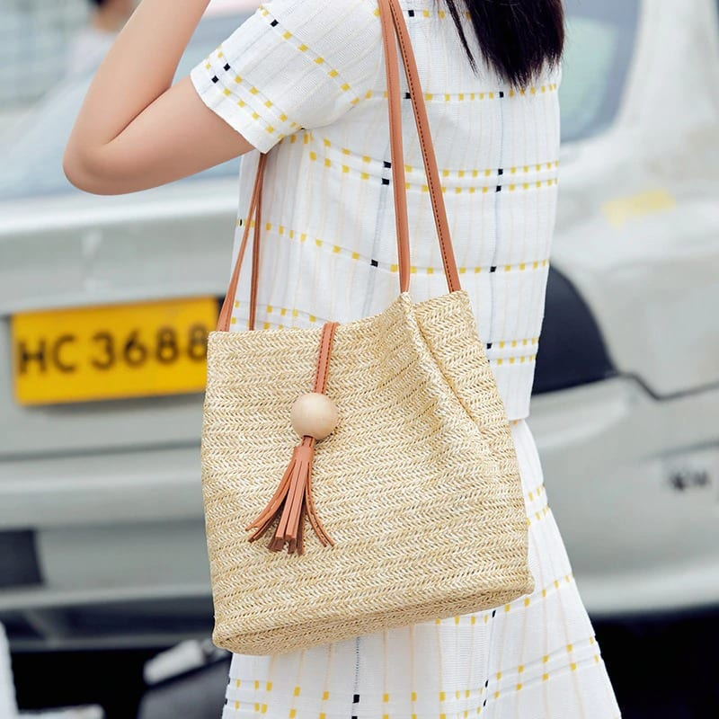 How long high-end large straw tote
