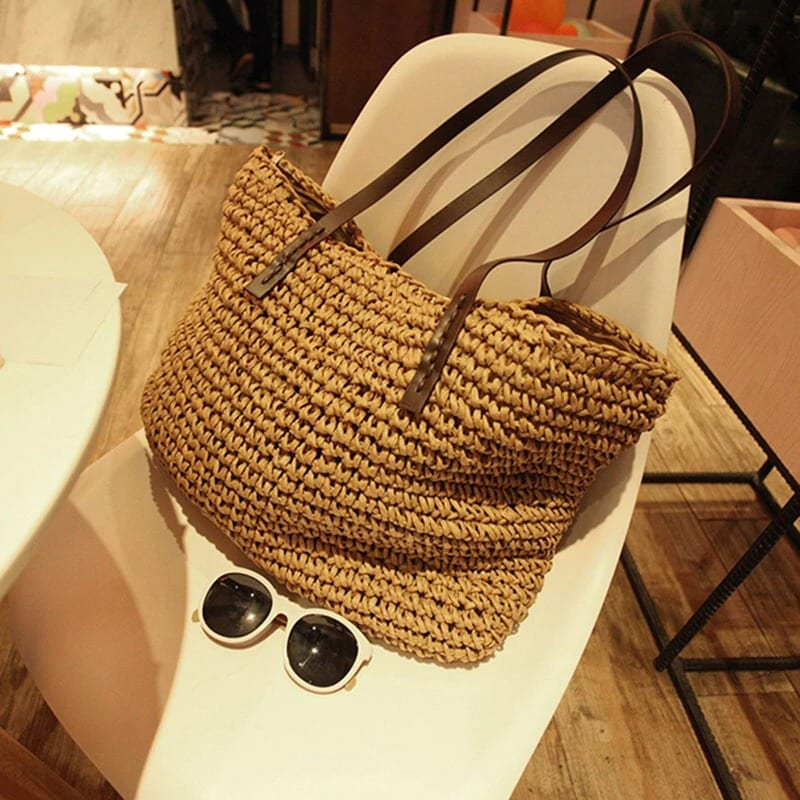 What soft summer straw bag