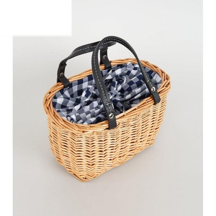 Brown straw woven bag