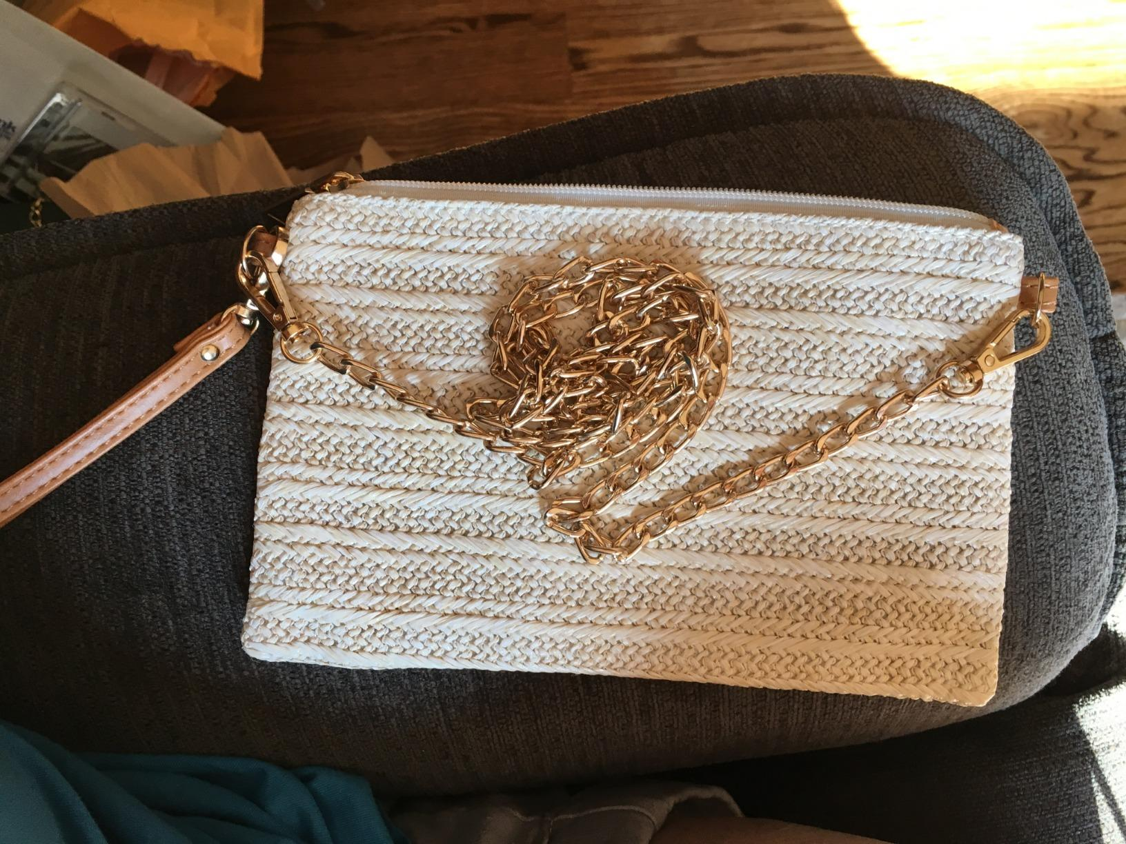 Crossbody straw tote top