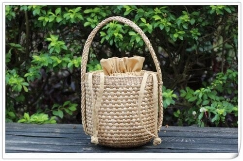 Rattan and straw crossbody bag recomment