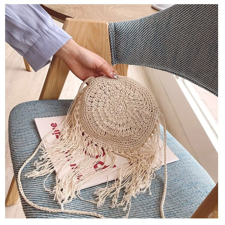 Why small woven bucket bag