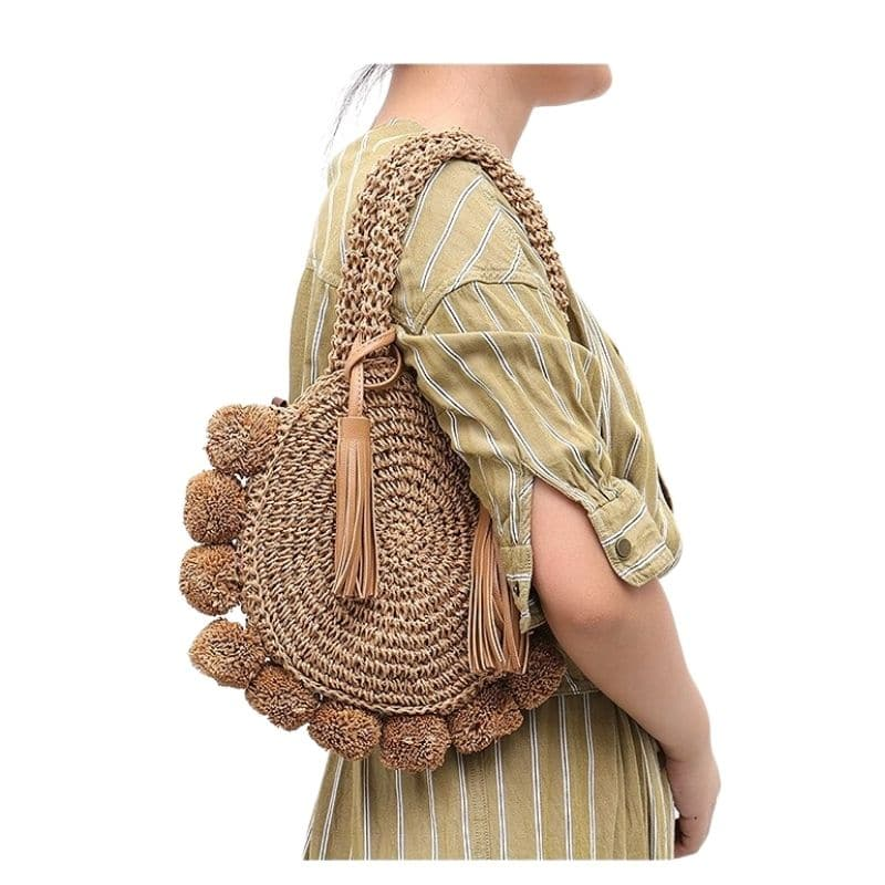 What straw pocketbook with zipper top