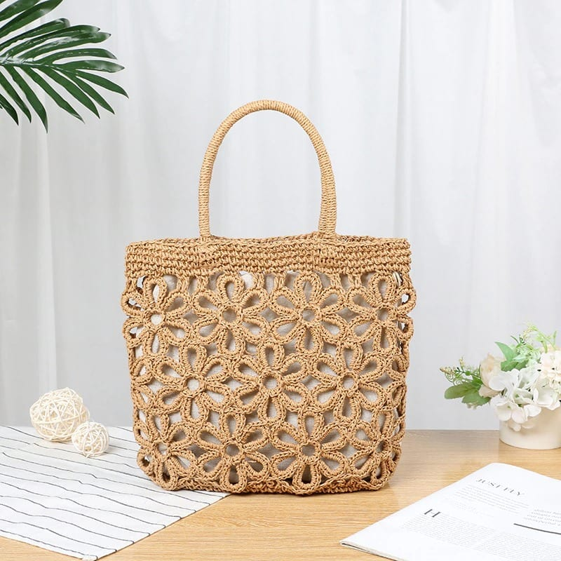 White straw woven bag suggest