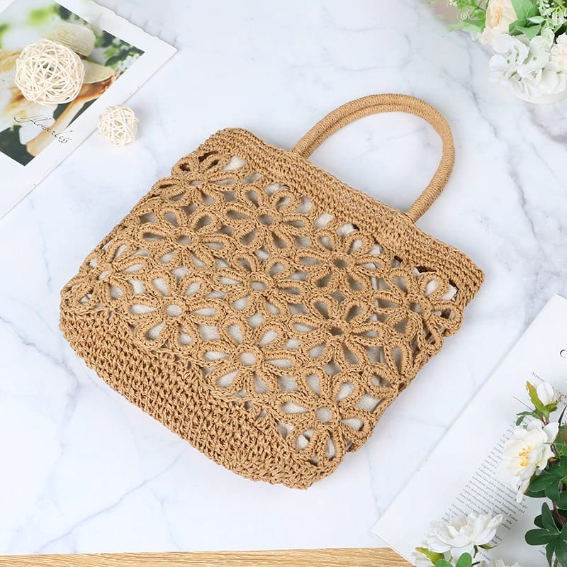 Why circle straw clutch
