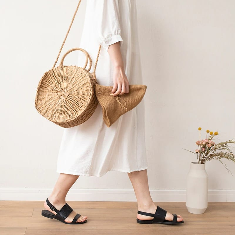 How navy straw market bag top