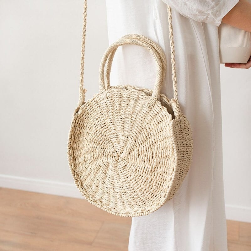 How colorful straw bag with leather handless