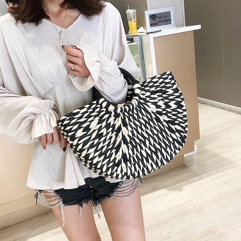 Straw tote online good