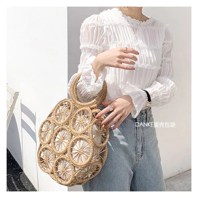 Straw handbag for summer sale