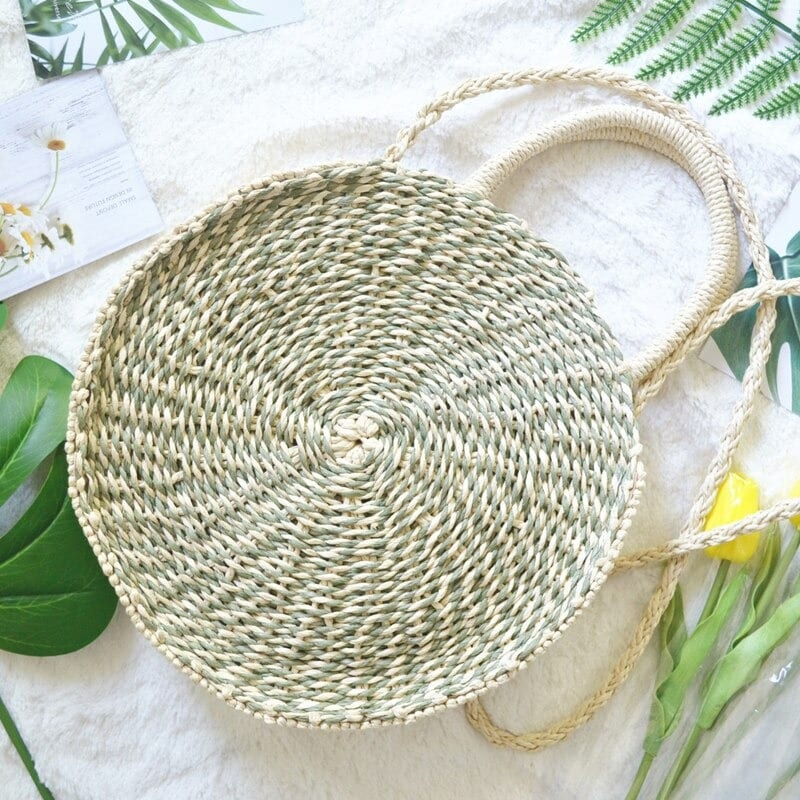 Which natural large straw bag