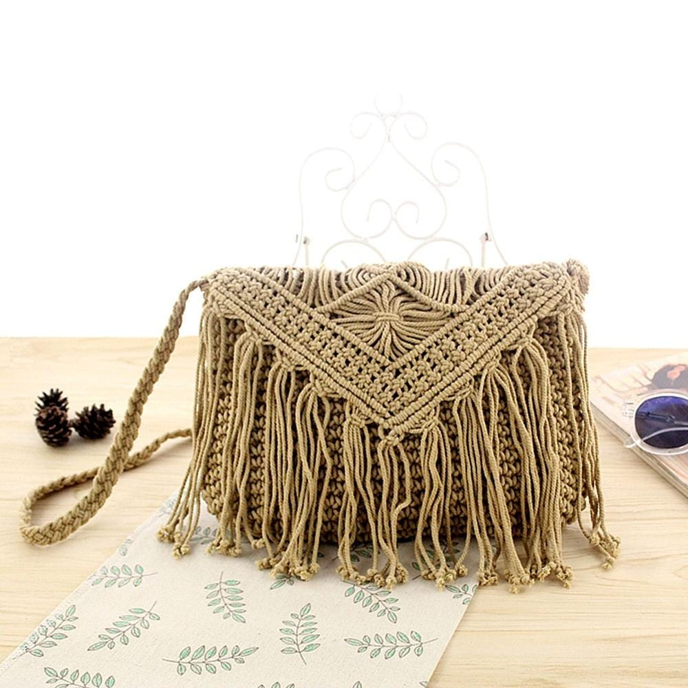 Why handicaft round straw crossbody bag