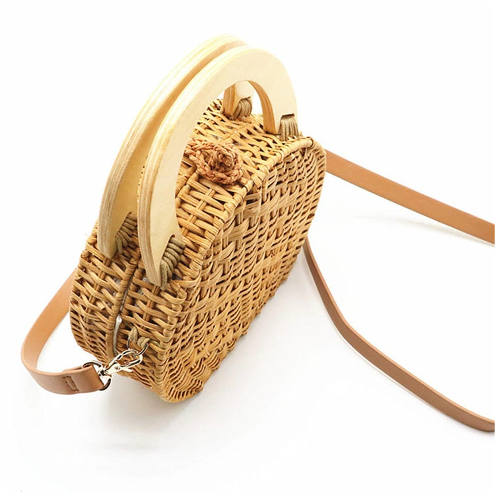Why shoulder large straw beach bag