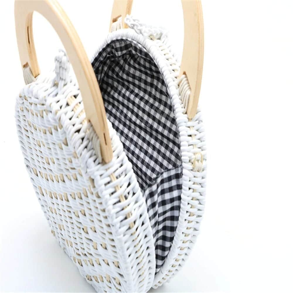 Lined wicker clutch