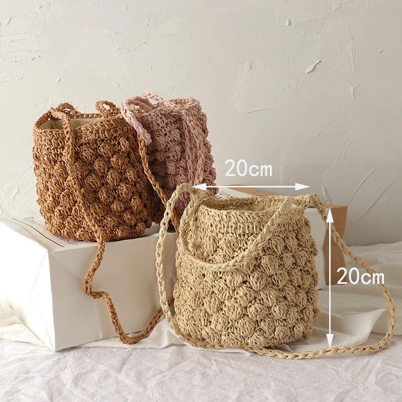 How much beach and straw woven bags
