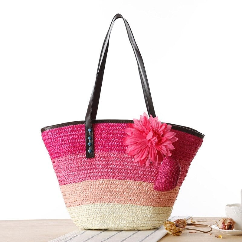 Knitted summer straw purse