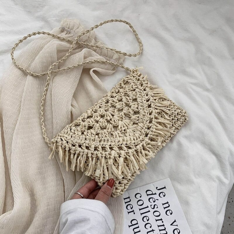 How many woven oversized straw beach bag