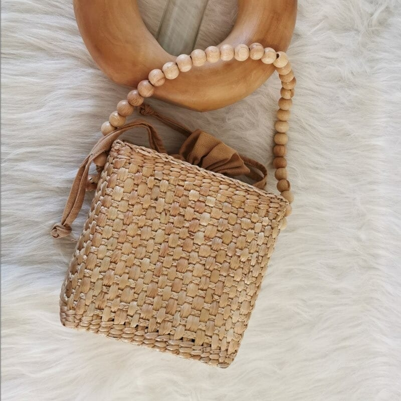 Wicker clutchs clutch suggest