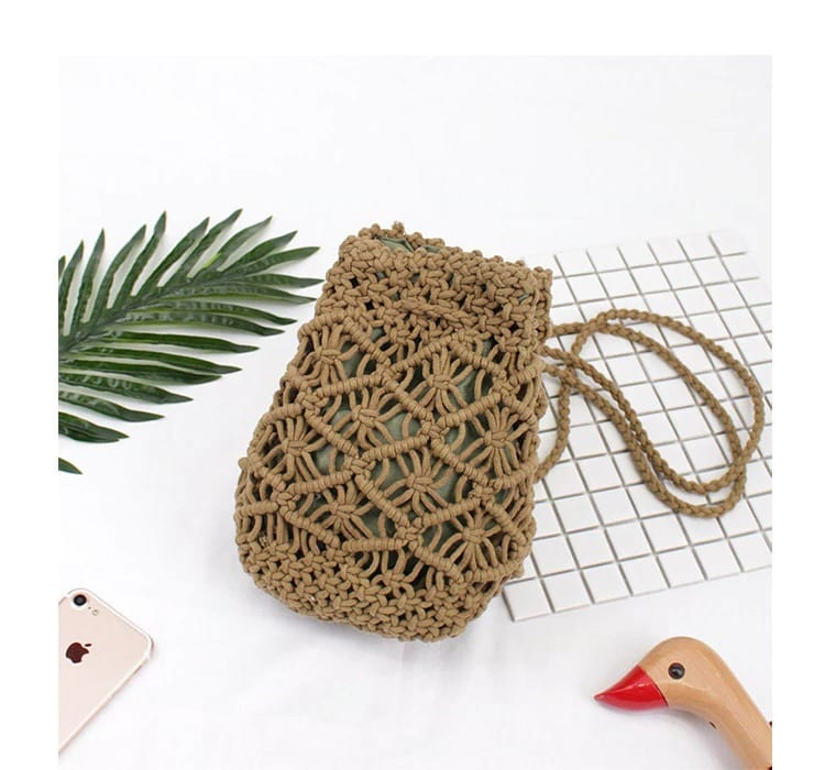 How straw woven bag large
